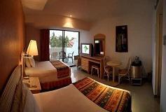Habitación Deluxe Vista Parcial al Mar con Balcón del Hotel Hotel Tesoro Ixtapa