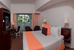 Habitación Estándar Vista a la Montaña con Balcón del Hotel Hotel Tesoro Manzanillo