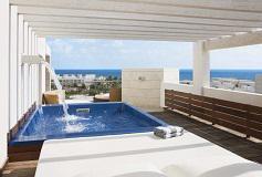 Habitación Suite con Terraza Vista al Mar con Piscina del Hotel The Beloved Hotel Playa Mujeres Boutique All Inclusive