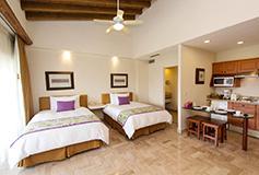 Habitación Suite Fam 2 Recámaras Vista Mar WiFi Niños Gratis del Hotel Velas Vallarta Family Beach Resort Premium All Inclusive