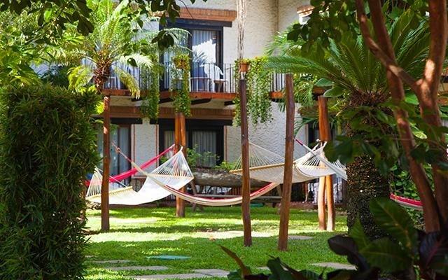 Hacienda Buenaventura Hotel Spa & Beach Club, relájate paseando por los jardines