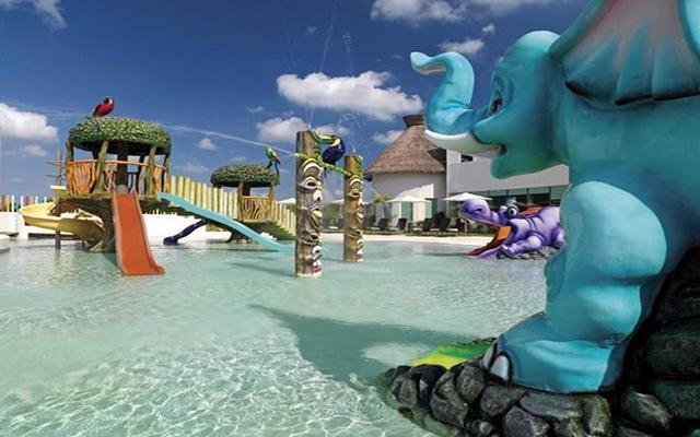 Hard Rock Hotel Cancún, alberca para los más pequeños