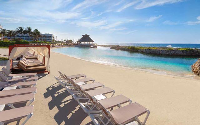 Hard Rock Hotel Riviera Maya, descansa a pasos del mar