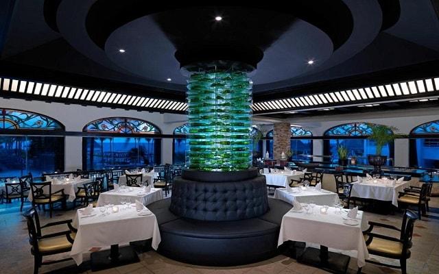 Hard Rock Hotel Riviera Maya, escenario ideal para tus alimentos