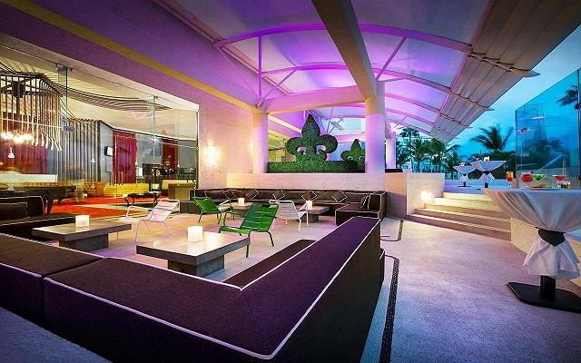 Hard Rock Hotel Vallarta, Eclipse Bar