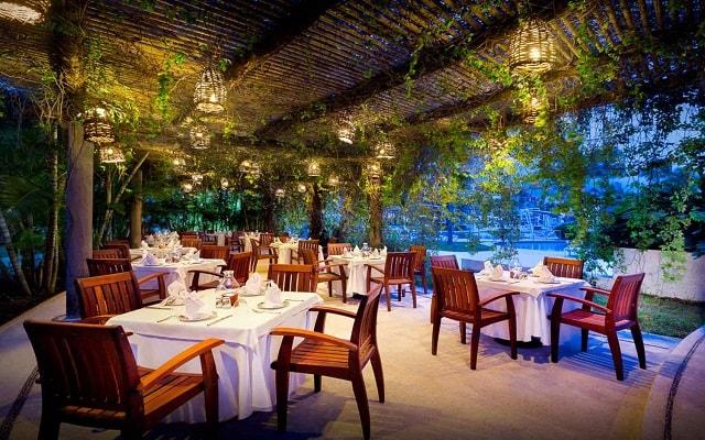 Hard Rock Hotel Vallarta, escenario ideal para tus alimentos