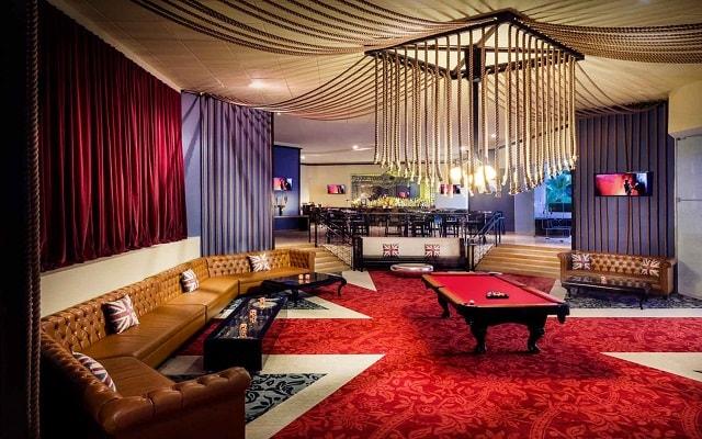 Hard Rock Hotel Vallarta, Sun Bar