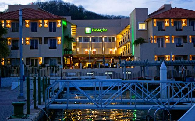 Holiday Inn Huatulco en Bahía Santa Cruz