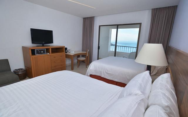 Hotel Holiday Inn Resort Ixtapa All Inclusive, amplias y luminosas habitaciones