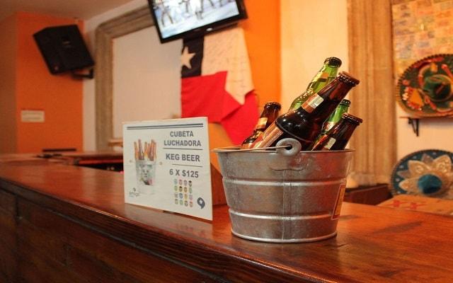 Hostal Amigo, disfruta una copa en el bar