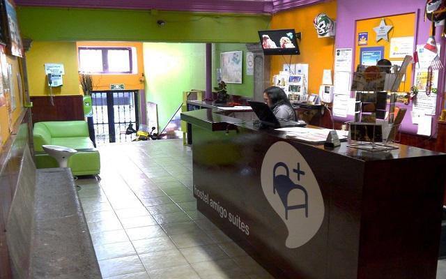 Hostel Amigo Suites, recepción disponible las 24 hrs