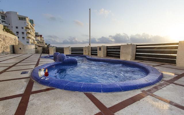 Hotel yalmakan ofertas de hoteles en cancun - Jacuzzi aire libre ...