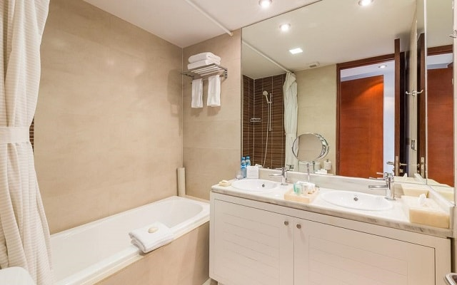Aak-Bal Beach Condos by La Tour Hotels and Resorts, amenidades de calidad