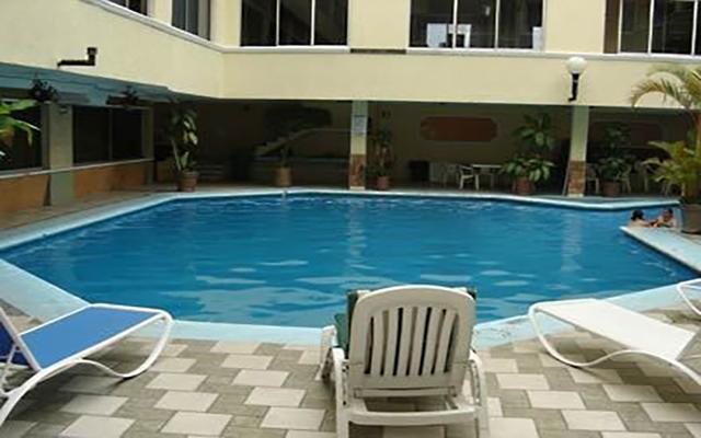 Hotel Acuario, disfruta de su alberca al aire libre