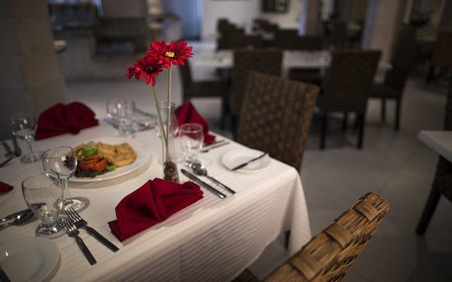 Restaurante para 104 personas