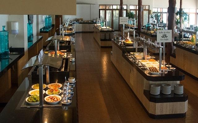 Hotel Akumal Bay Beach and Welness Resort, buena propuesta gastronómica