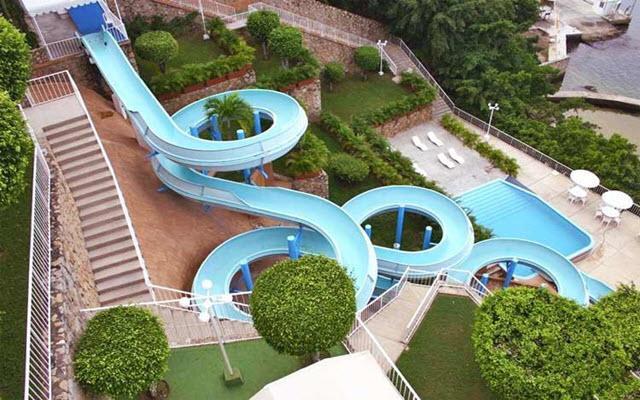 Hotel Alba Suites, tobogán más grande de Acapulco
