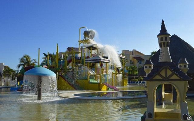 Hotel All Ritmo Cancún Resort and Waterpark, estancia entretenida para los pequeños