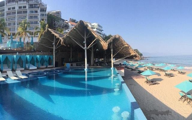 Hotel Almar Resort Luxury LGBT Beach Front Experience, disfruta de su alberca al aire libre