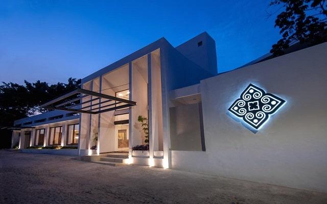 Hotel Almar Resort Luxury LGBT Beach Front Experience, buena ubicación