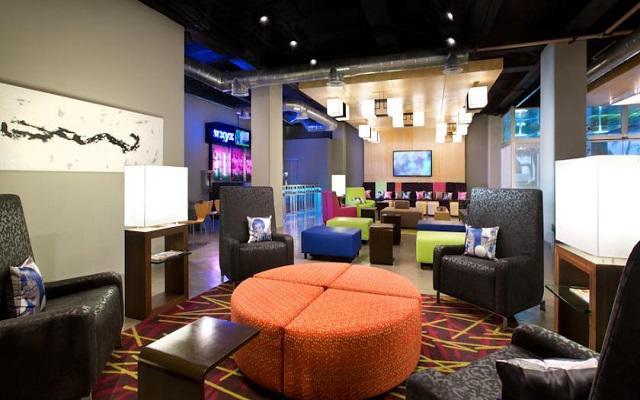 Hotel Aloft Cancún, instalaciones con estilo minimalista