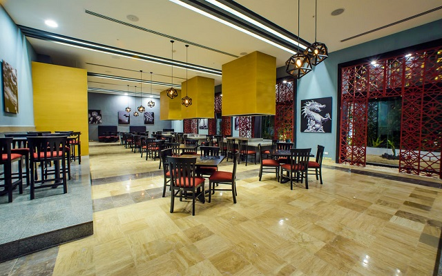 Hotel Altitude by Krystal Grand Punta Cancun-All Inclusive, Restaurante Ayami