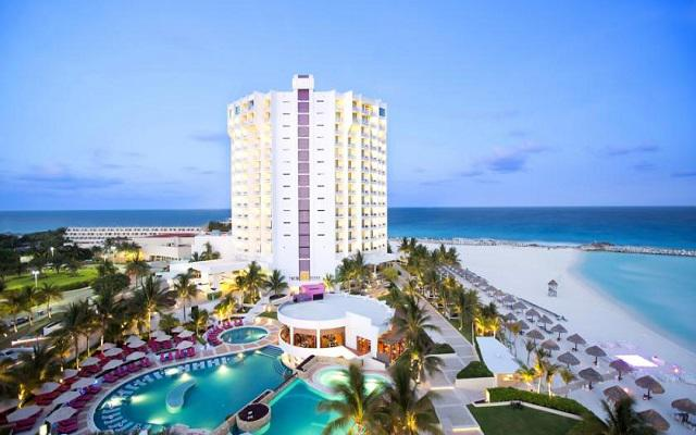 Hotel Altitude by Krystal Grand Punta Cancun-All Inclusive en Zona Hotelera