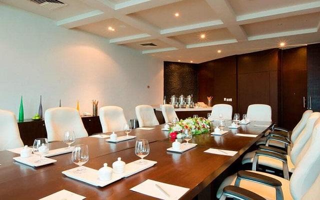 Hotel Altitude by Krystal Grand Punta Cancun-All Inclusive, sala de juntas
