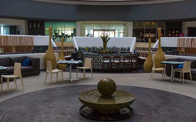 Hotel Altitude by Krystal Grand Punta Cancun-All Inclusive, lobby