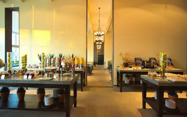 Hotel Altitude by Krystal Grand Punta Cancun-All Inclusive, Restaurante O
