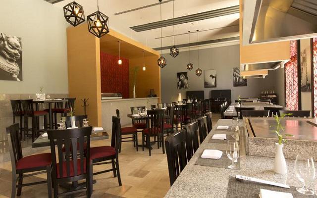 Hotel Altitude by Krystal Grand Punta Cancun-All Inclusive, Restaurante Risotto