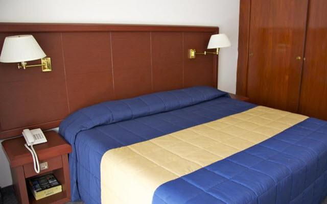Hotel Ambassador México, luminosas habitaciones