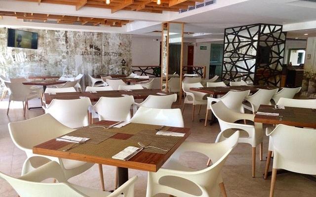 Hotel Ambiance Suites Cancún, escenario ideal para tus alimentos