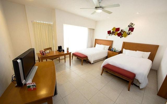 Hotel Ambiance Suites Cancún, amplias y luminosas habitaciones