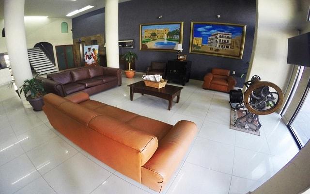 Hotel & Suites Oriente, lobby