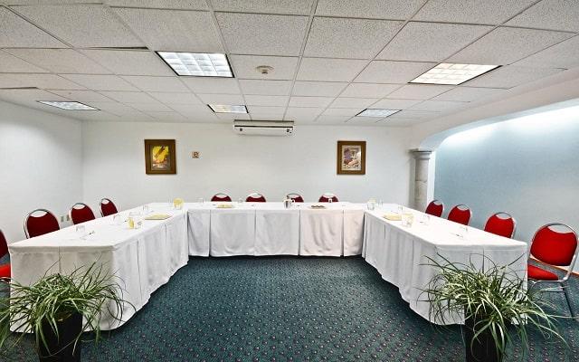 Hotel & Suites PF, sala de reuniones