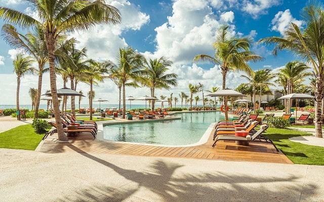 Hotel Andaz Mayakoba a Concept by Hyatt, disfruta de su alberca al aire libre