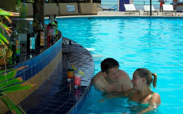 Aquamarina Beach Cancún Romántico