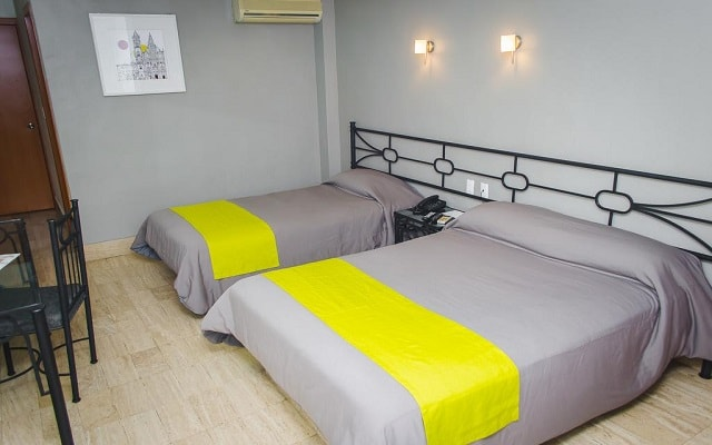 Hotel Arboledas Expo, amplias y luminosas habitaciones