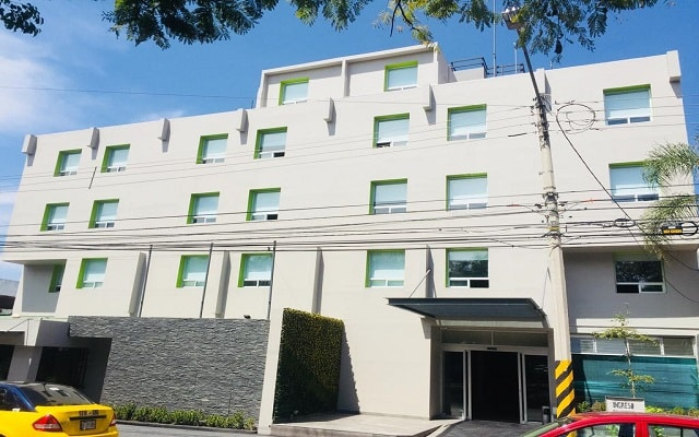 Hotel Arboledas Expo en Guadalajara Ciudad