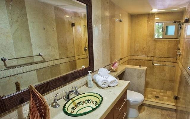 Hotel Aventuras Club Marina, amenidades de calidad