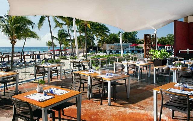 Hotel Azul Beach Resort The Fives Playa del Carmen, Oriola Restaurante Grill
