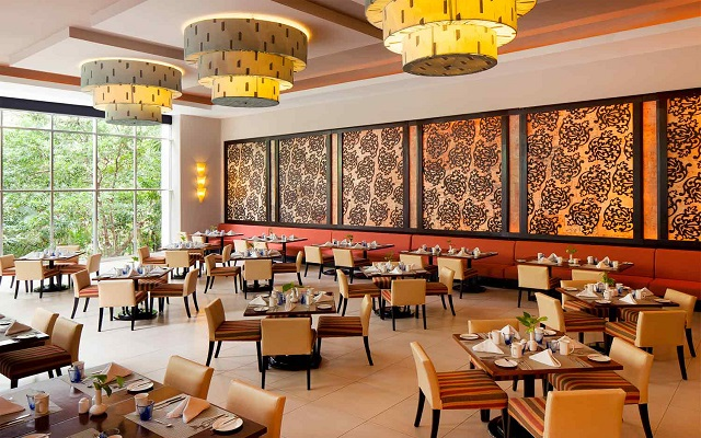 Hotel Azul Beach Resort The Fives Playa del Carmen, Restaurante Flavours