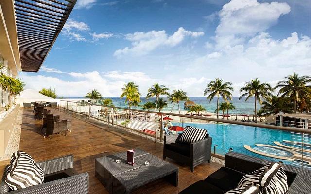 Hotel Azul Beach Resort The Fives Playa del Carmen, lugar ideal para empezar el día