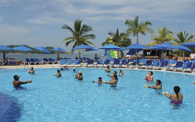 Hotel Azul Ixtapa All Inclusive Beach Resort, diviértete con el equipo de animación
