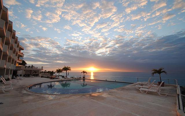Hotel B Cozumel, disfruta de su alberca al aire libre
