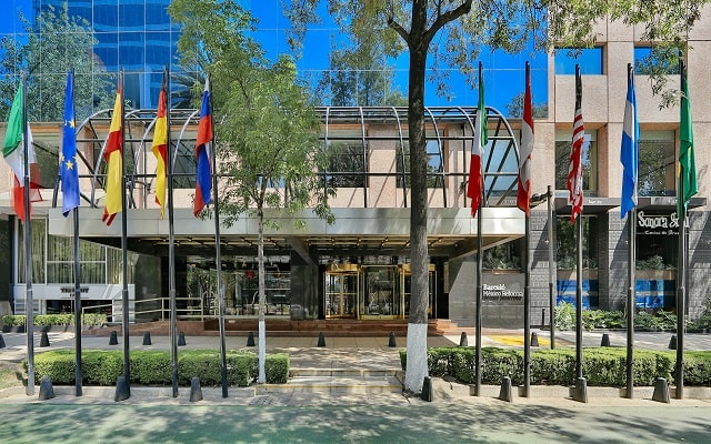 Hotel Barceló México Reforma, atención personalizada desde el inicio de tu estancia