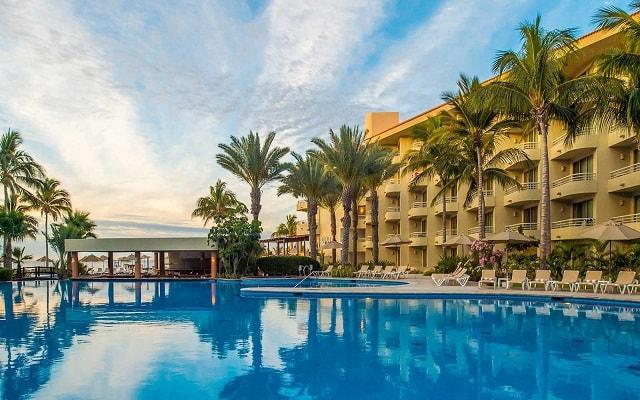 Hotel Barceló Gran Faro Los Cabos, disfruta de su alberca al aire libre