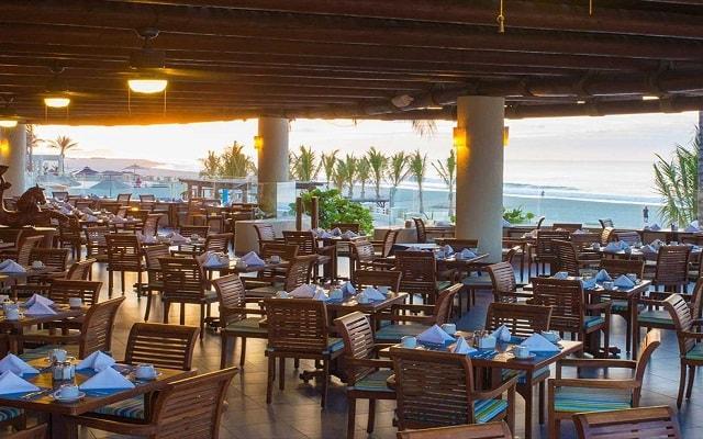 Hotel Barceló Gran Faro Los Cabos, disfruta tus comidas con vistas hermosas