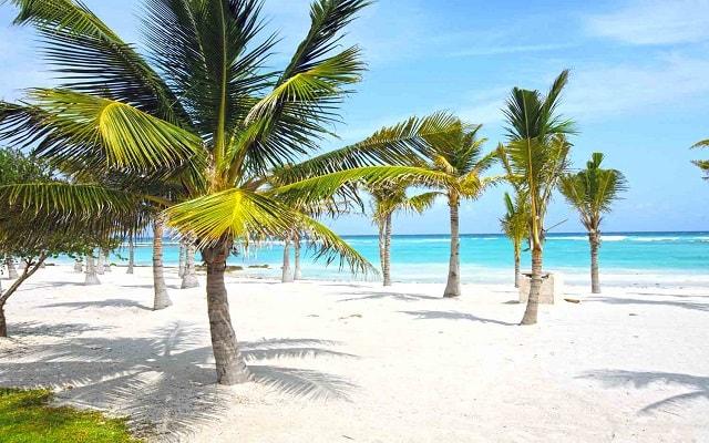 Hotel Barceló Maya Colonial, una las mejores playas de la Riviera Maya